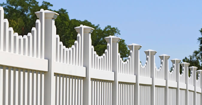 Fence Painting in Virginia Beach Exterior Painting in Virginia Beach